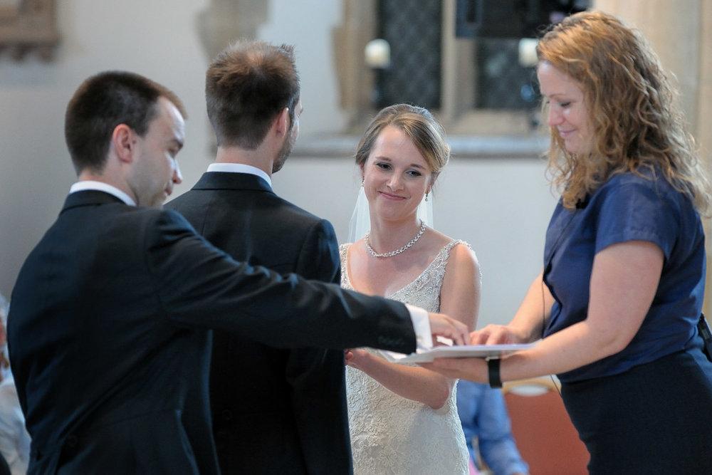 Greyfriars Reading wedding photography_12.jpg