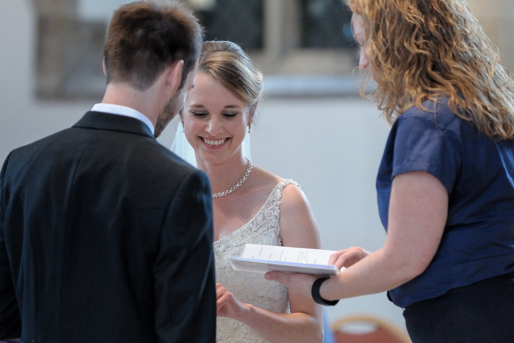 Greyfriars Reading wedding photography_13.jpg