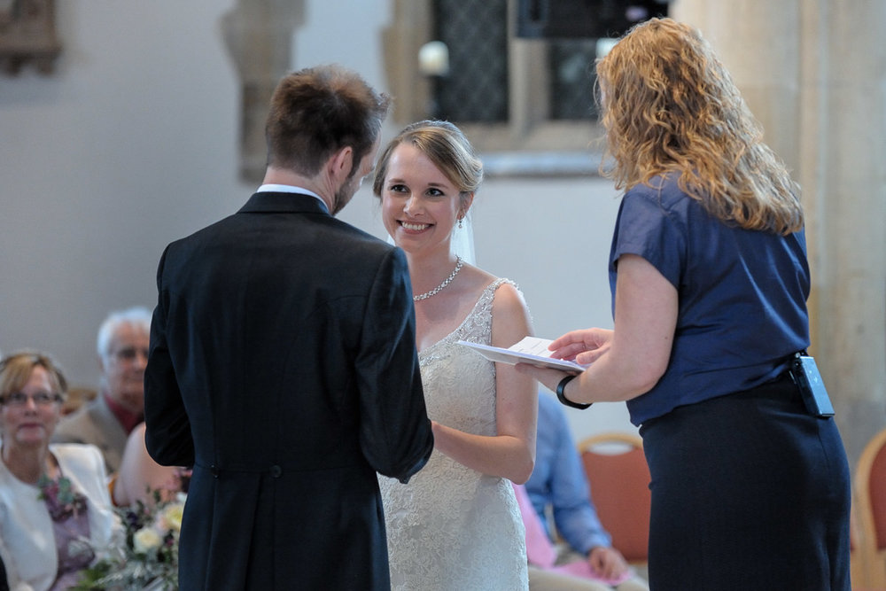 Greyfriars Reading wedding photography_14.jpg