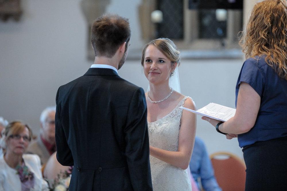 Greyfriars Reading wedding photography_17.jpg
