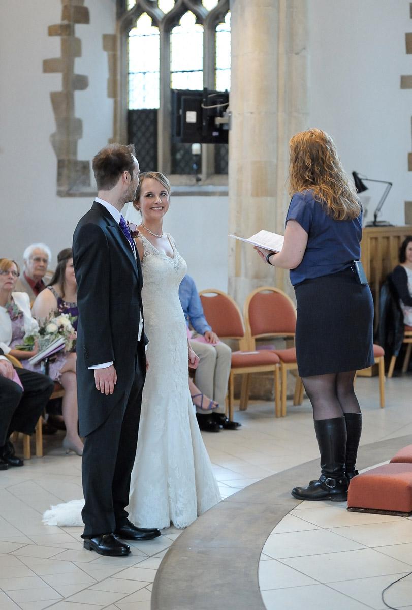 Greyfriars Reading wedding photography_18.jpg