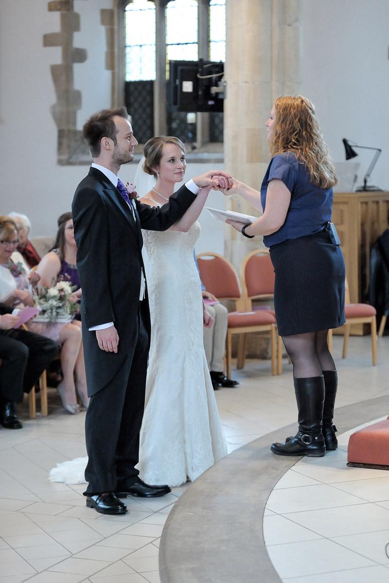 Greyfriars Reading wedding photography_21.jpg