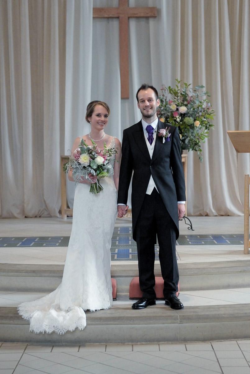 Greyfriars Reading wedding photography_31.jpg