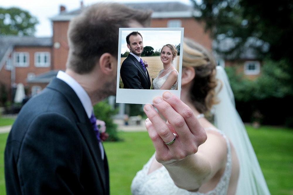 Greyfriars Reading wedding photography_54.jpg