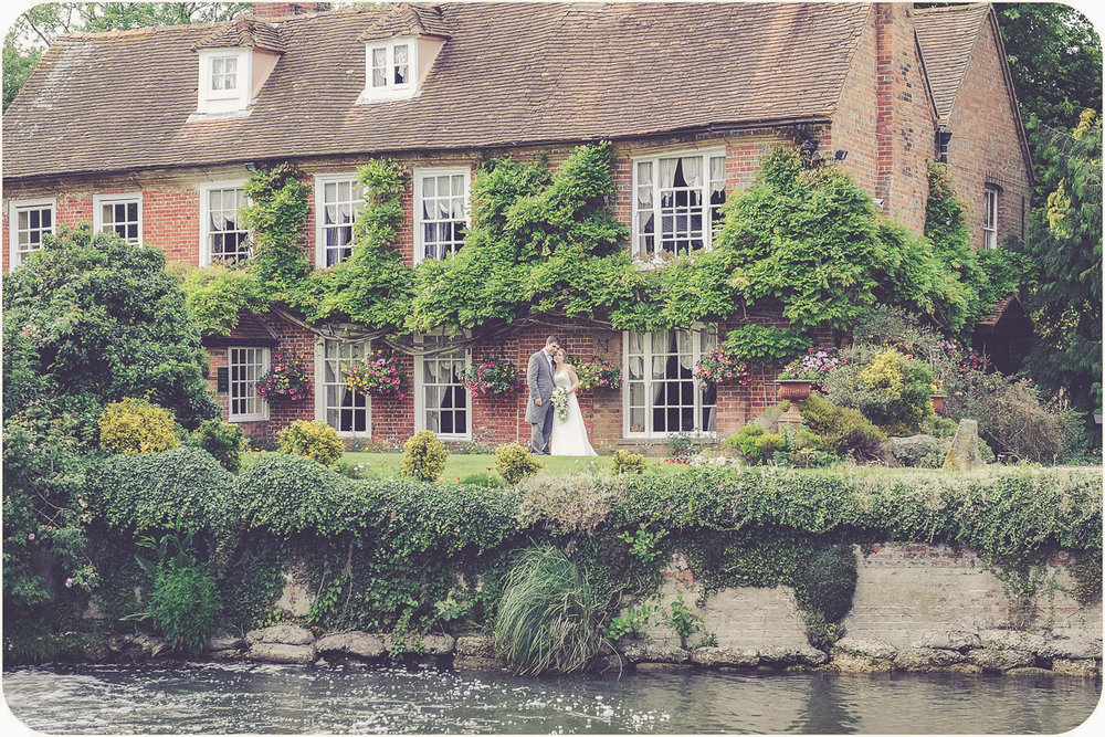 Old Mill Aldermaston wedding photographer