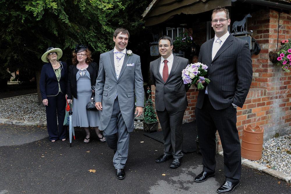 Old Mill Aldermaston wedding photography_03.jpg