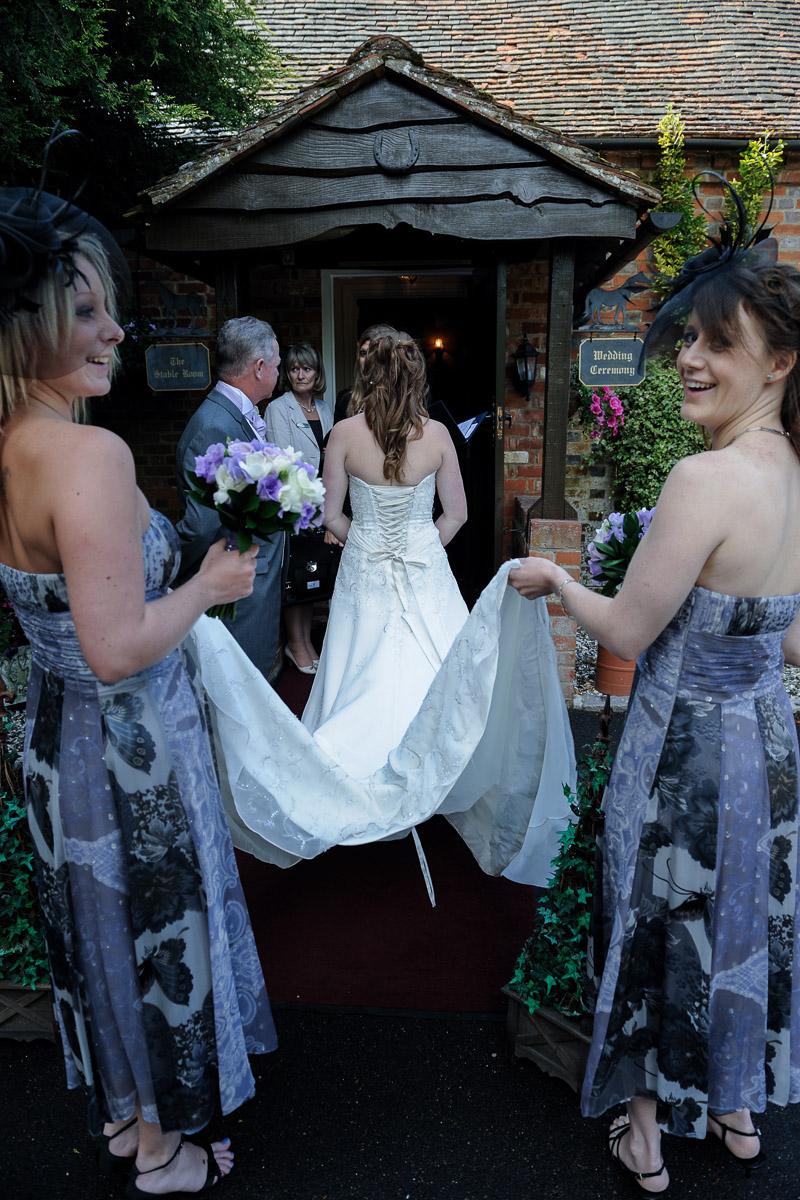 Old Mill Aldermaston wedding photography_13.jpg
