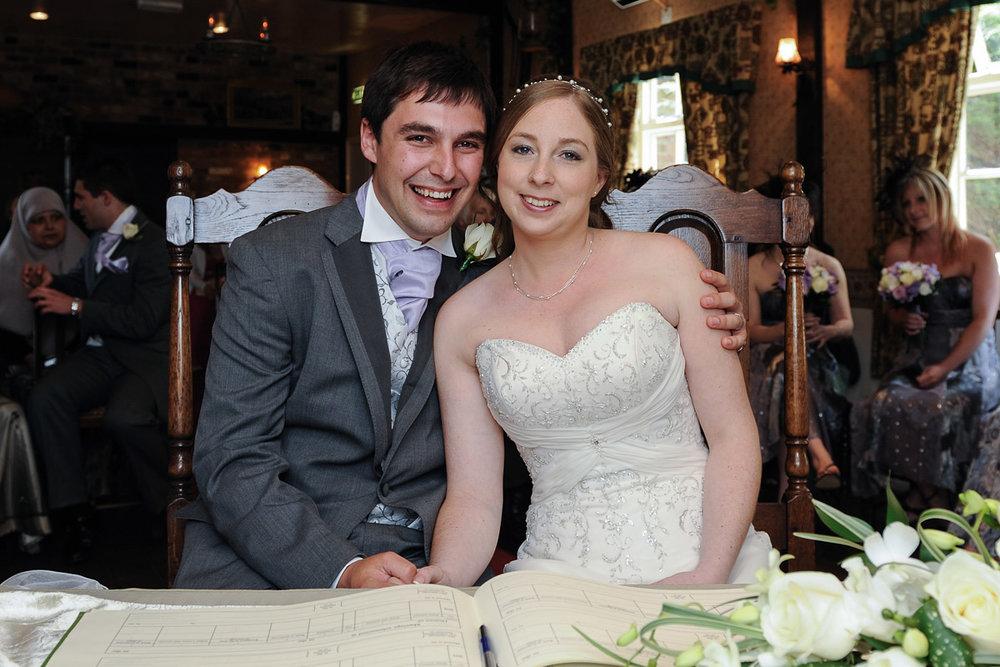 Old Mill Aldermaston wedding photography_18.jpg