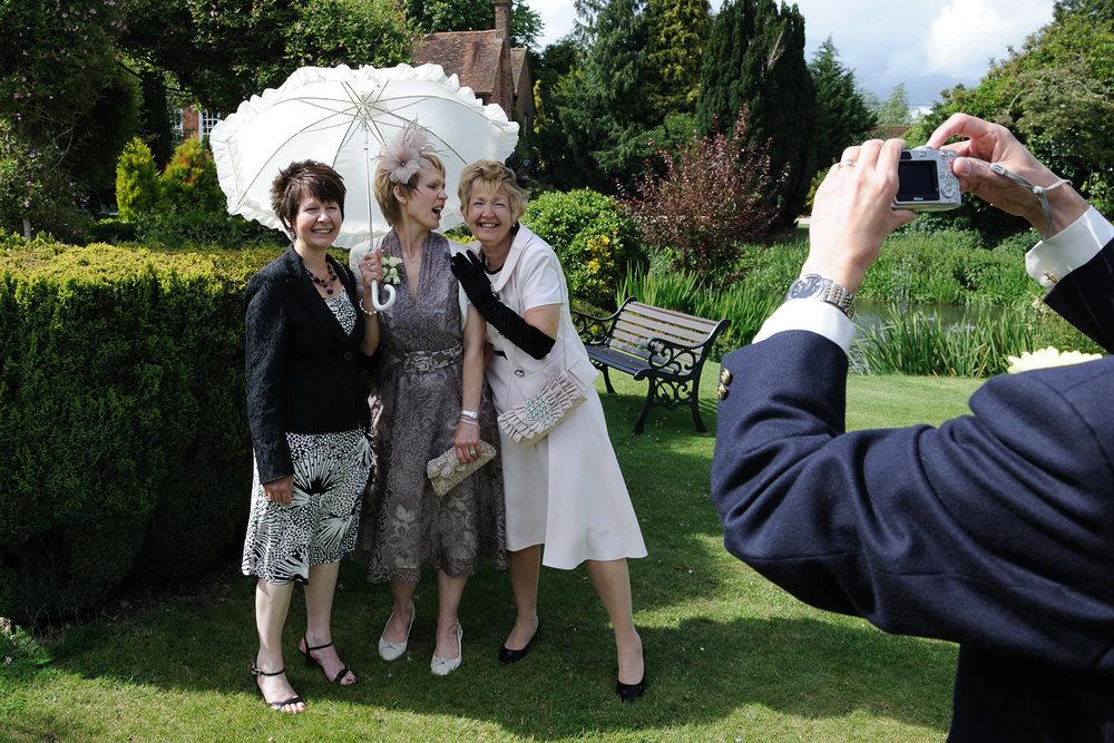 Old Mill Aldermaston wedding photography_29.jpg