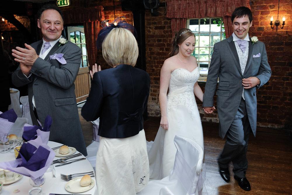 Old Mill Aldermaston wedding photography_58.jpg