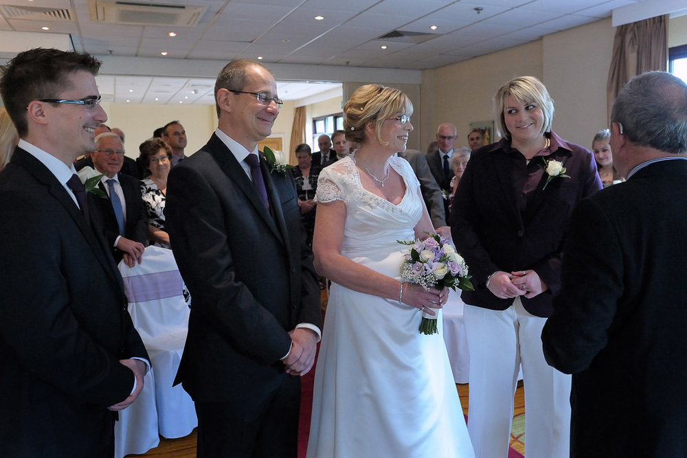 Meon Valley Marriott wedding photography_08.jpg