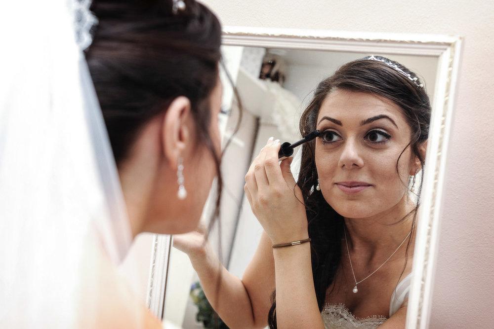 hampton court wedding photography_03.jpg