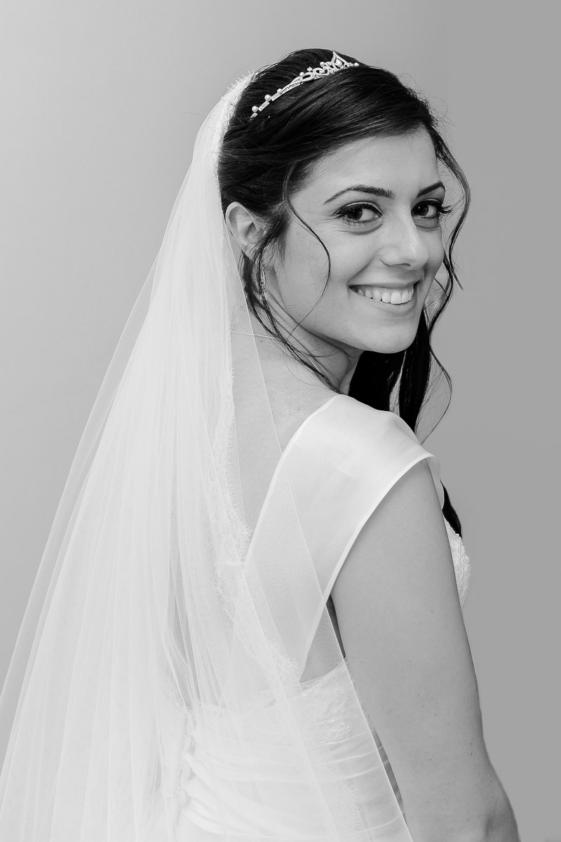 hampton court wedding photography_04.jpg