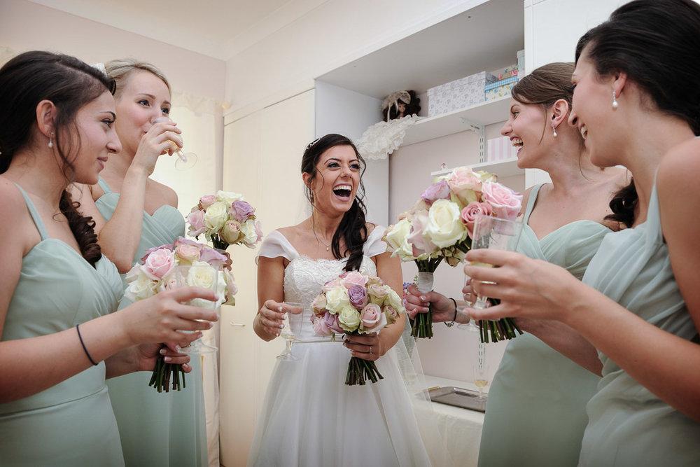 hampton court wedding photography_05.jpg