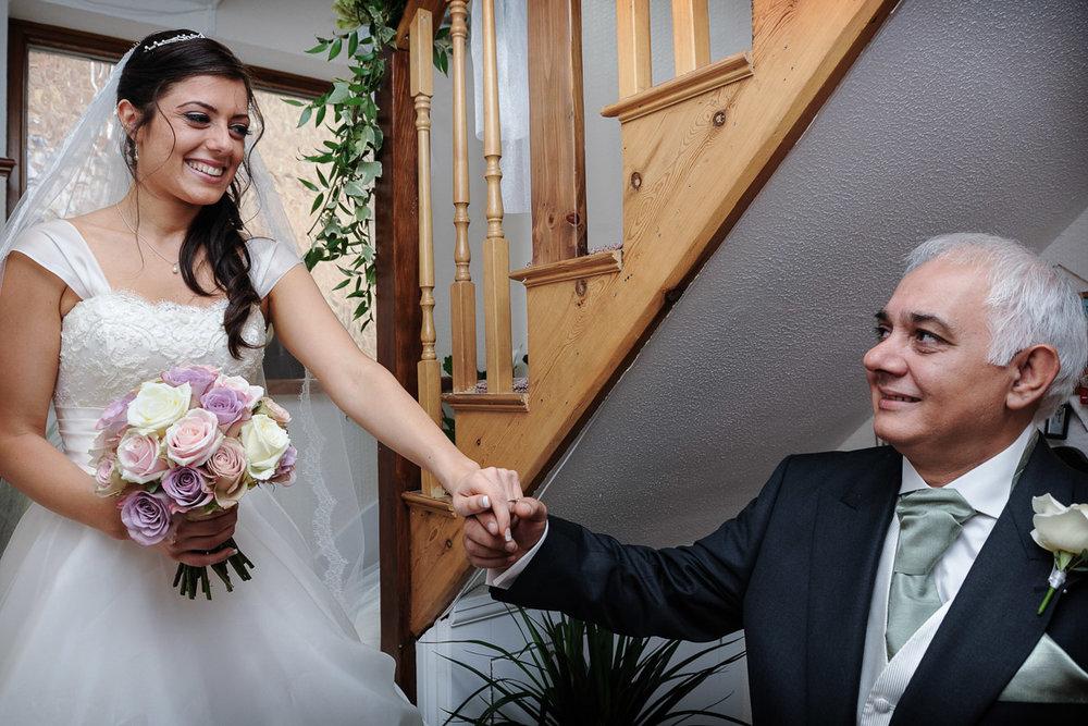 hampton court wedding photography_06.jpg
