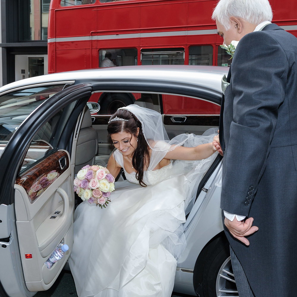 hampton court wedding photography_08.jpg