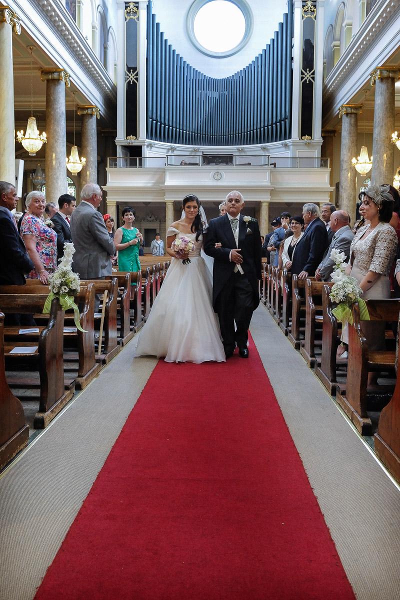 hampton court wedding photography_10.jpg