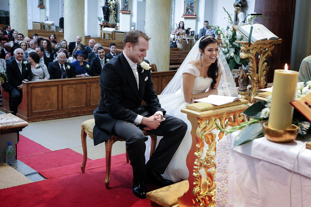 hampton court wedding photography_14.jpg