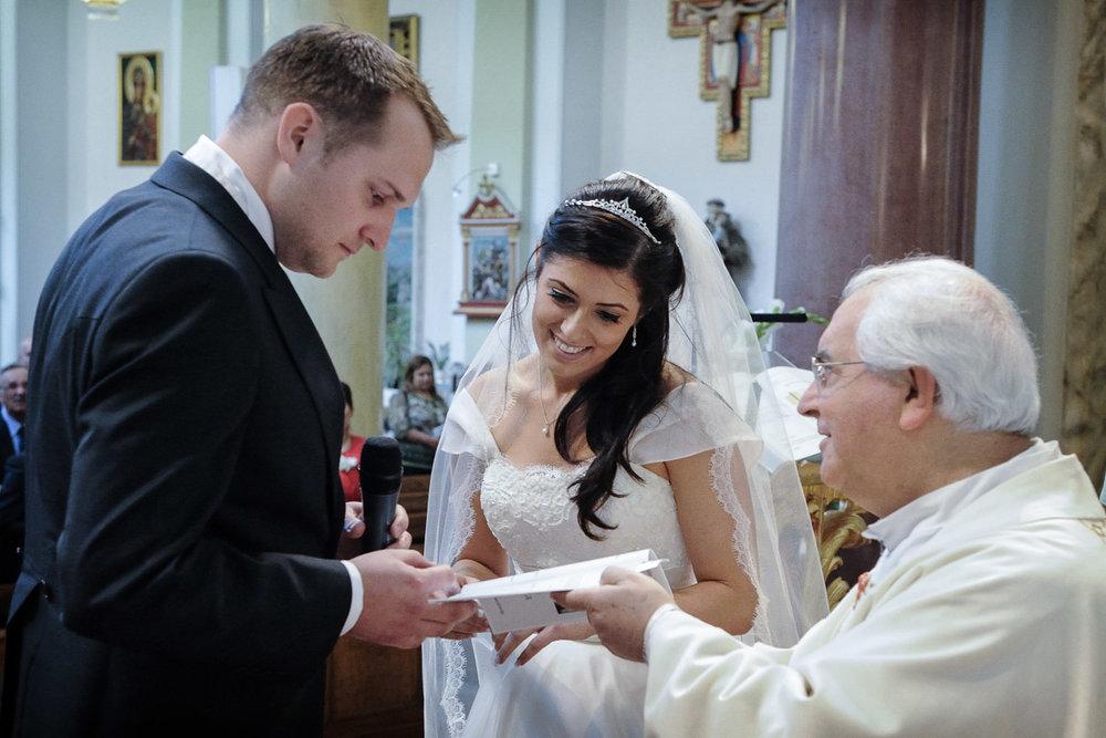 hampton court wedding photography_19.jpg