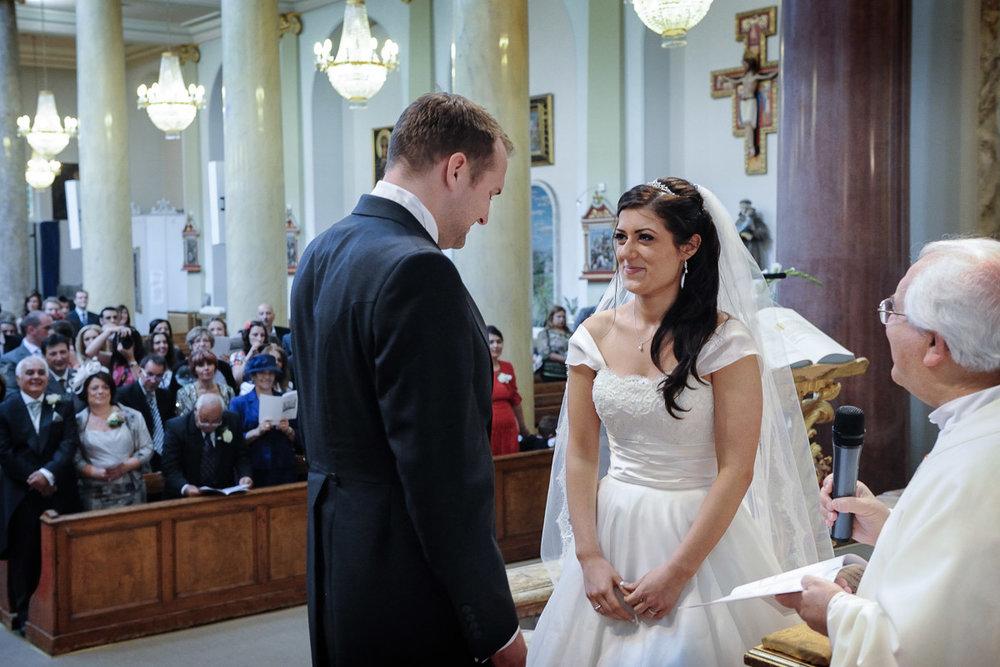 hampton court wedding photography_21.jpg