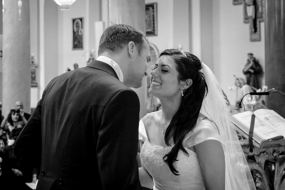 hampton court wedding photography_22.jpg