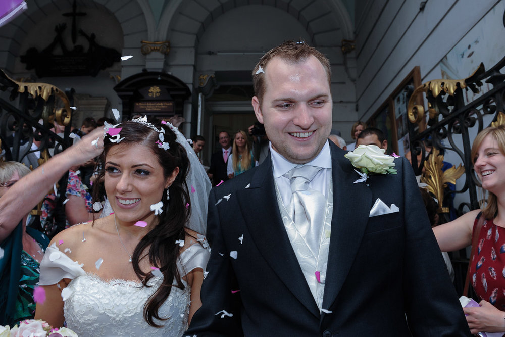 hampton court wedding photography_31.jpg