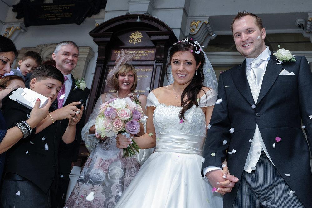 hampton court wedding photography_30.jpg