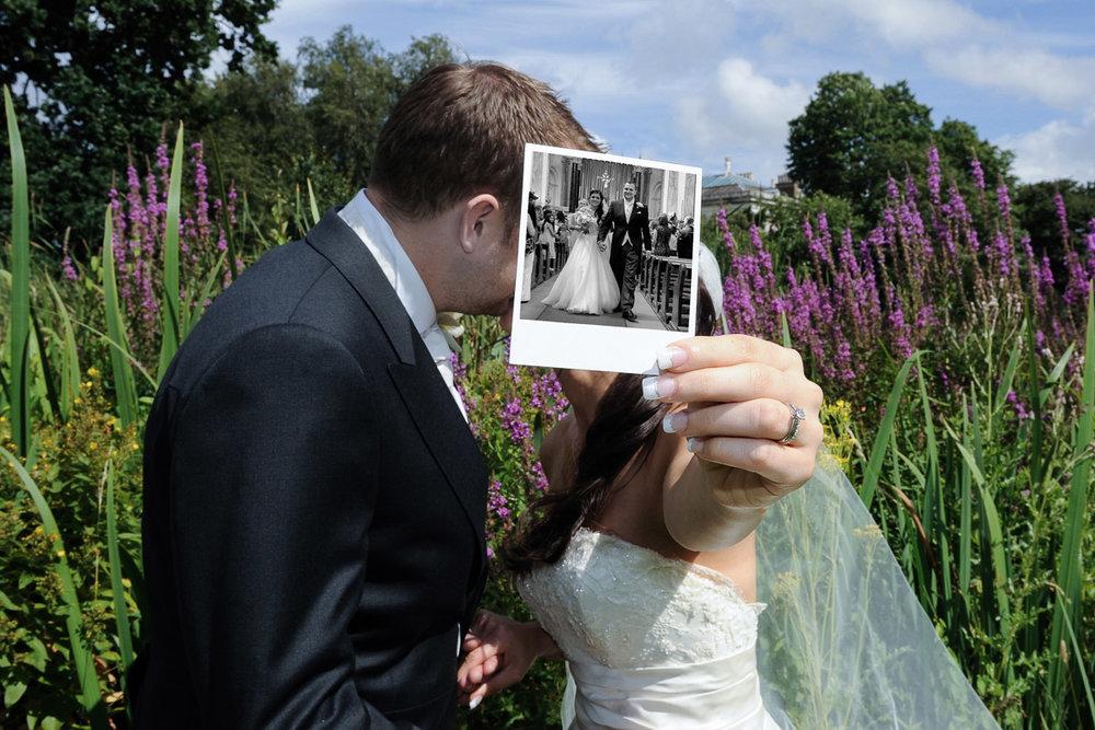 hampton court wedding photography_41.jpg