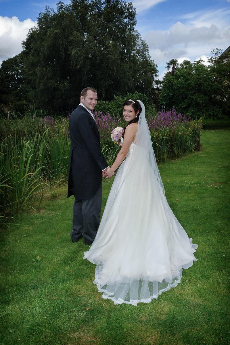 hampton court wedding photography_46.jpg