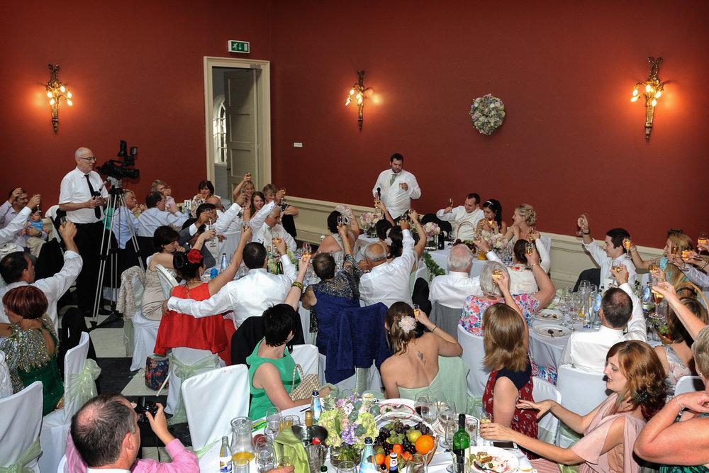 hampton court wedding photography_53.jpg
