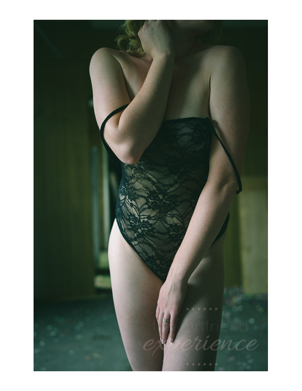 Pittsburgh and Los Angeles Boudoir Photographer