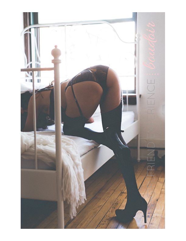 Boudoir Photographer In Pittsburgh, PA