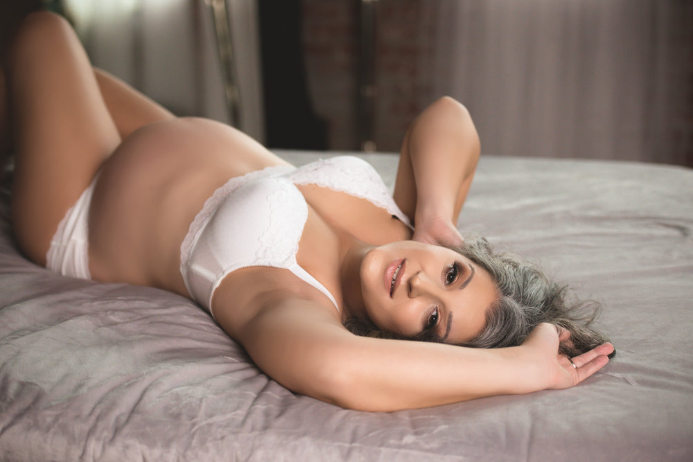 Pregnancy Boudoir Pittsburgh