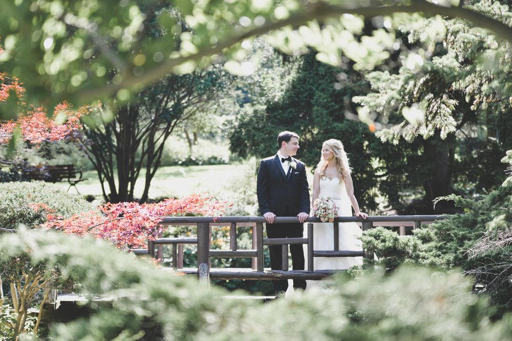 Edwards Gardens Wedding Photo