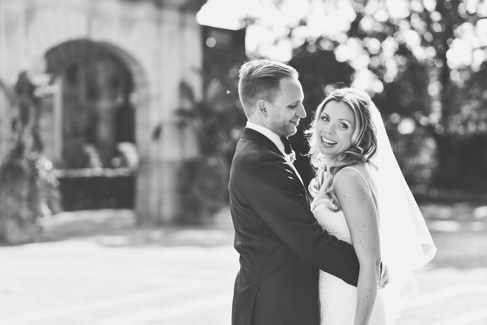 Wedding Photo Posing Tips