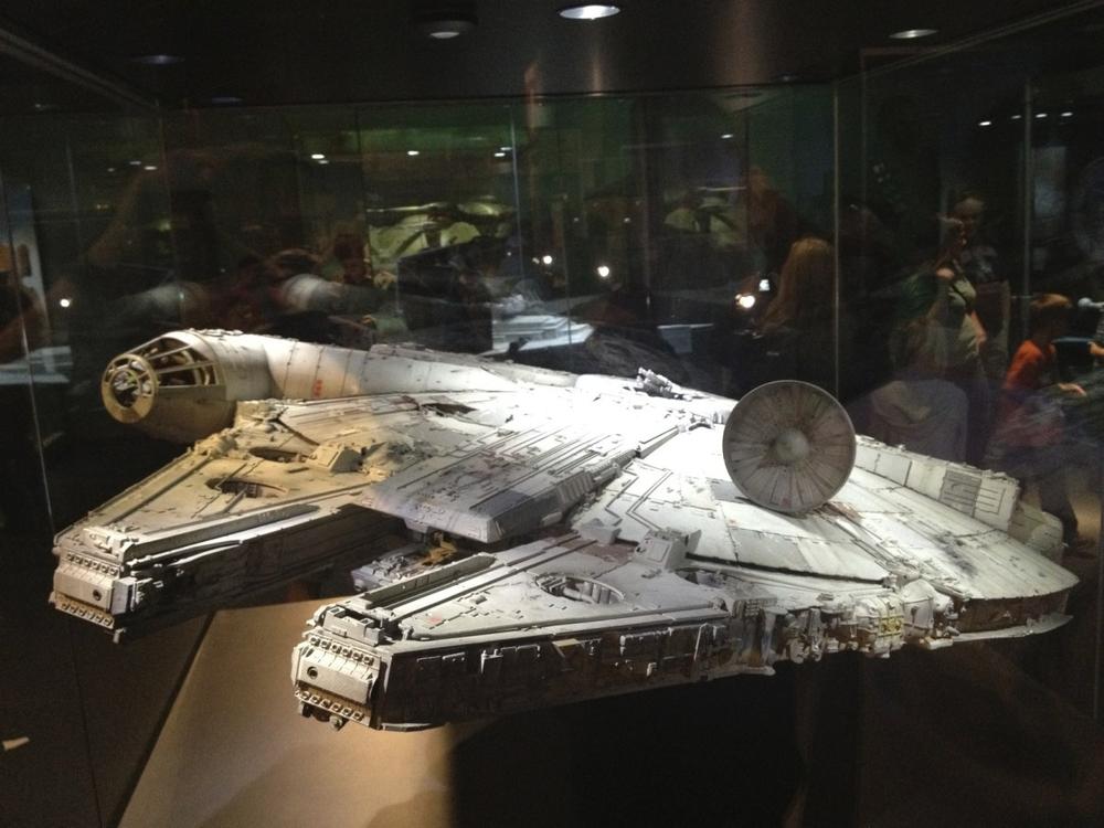 Millennium Falcon 4
