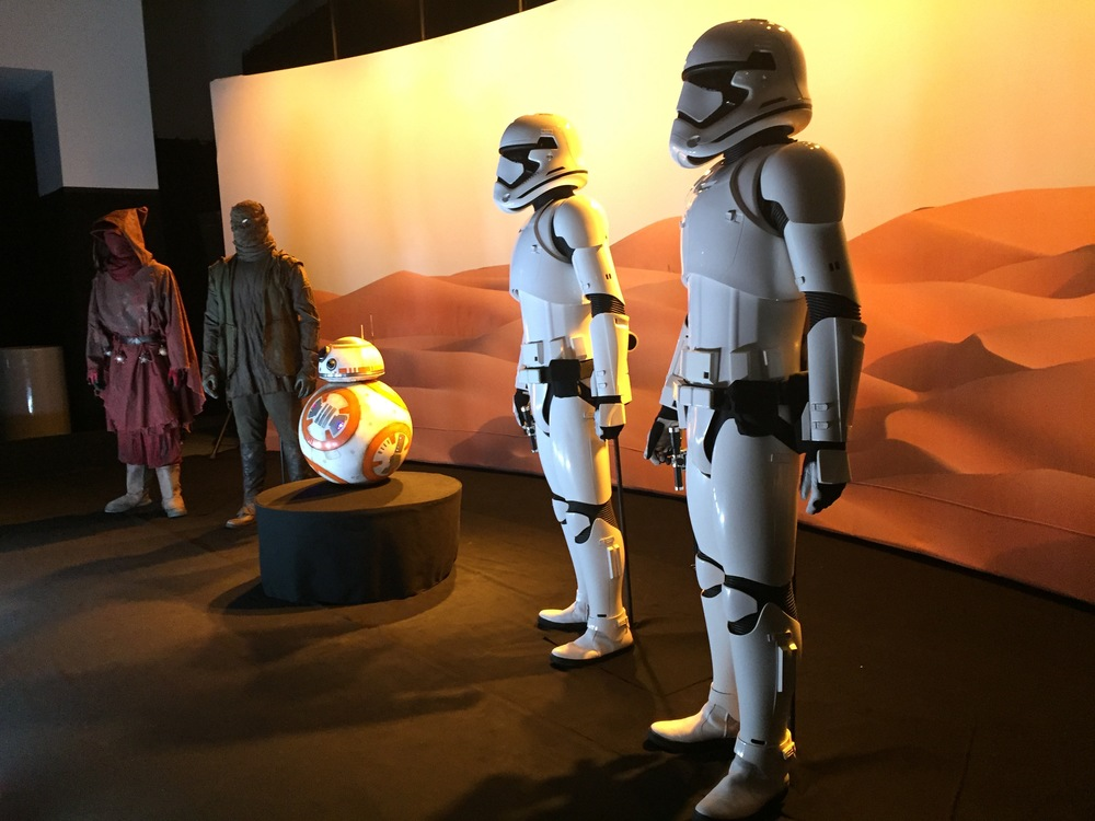 New Stormtroopers an BB-8