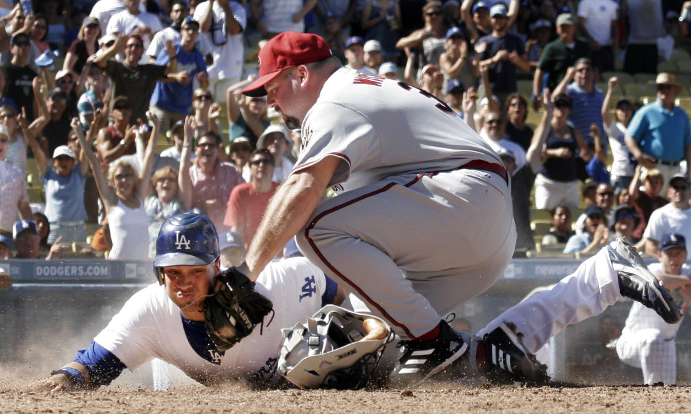 Bob Wickman tag play at the plate