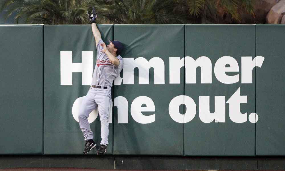 Grady Sizemore wall catch