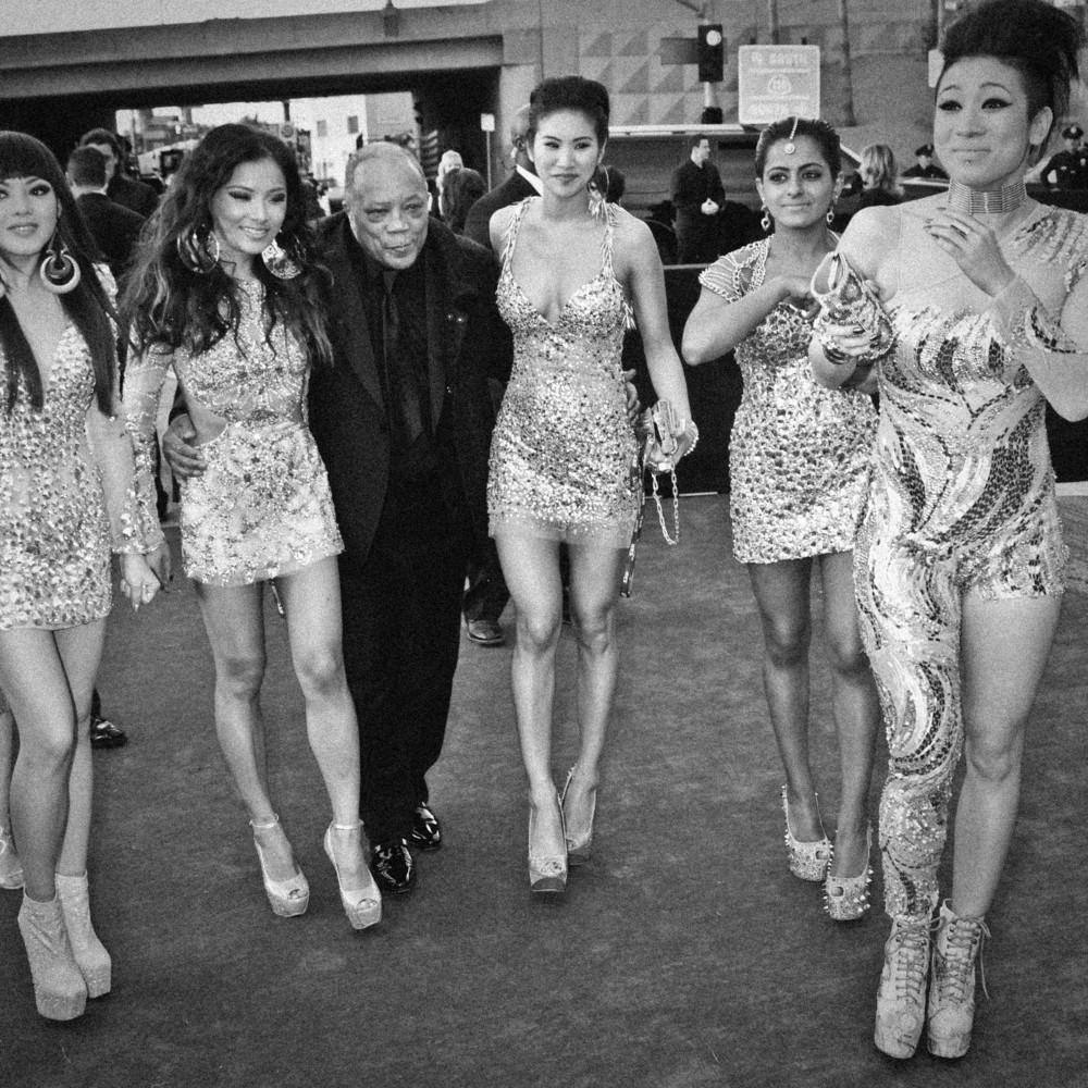 Quincy Jones and his girl group