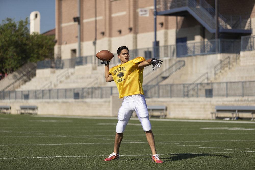 football-quarterback.jpg