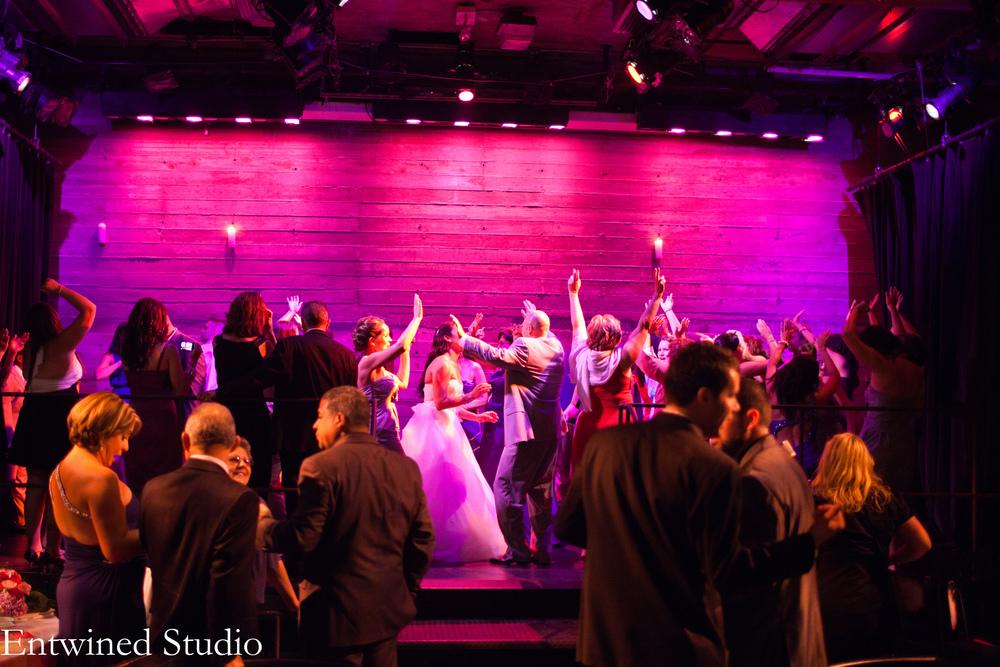 Galapagos wedding - dancing! copy.jpg