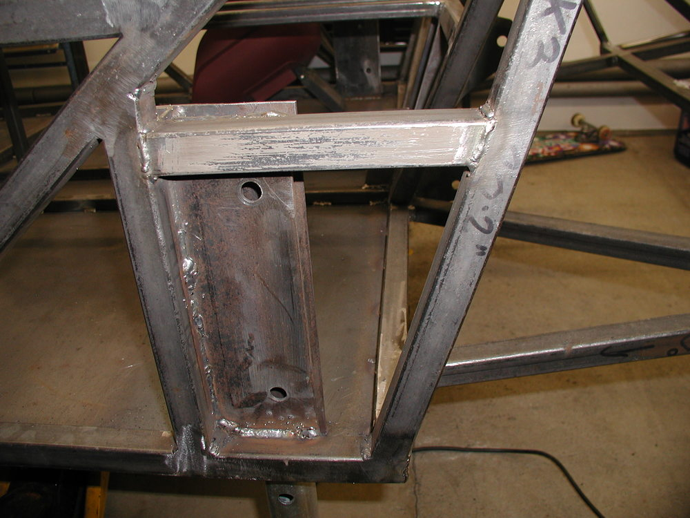 Extra tube welded to brace tube M against tube K3/4. This was done to remove the reliance on the weld strength between tube M and tube K1/2.