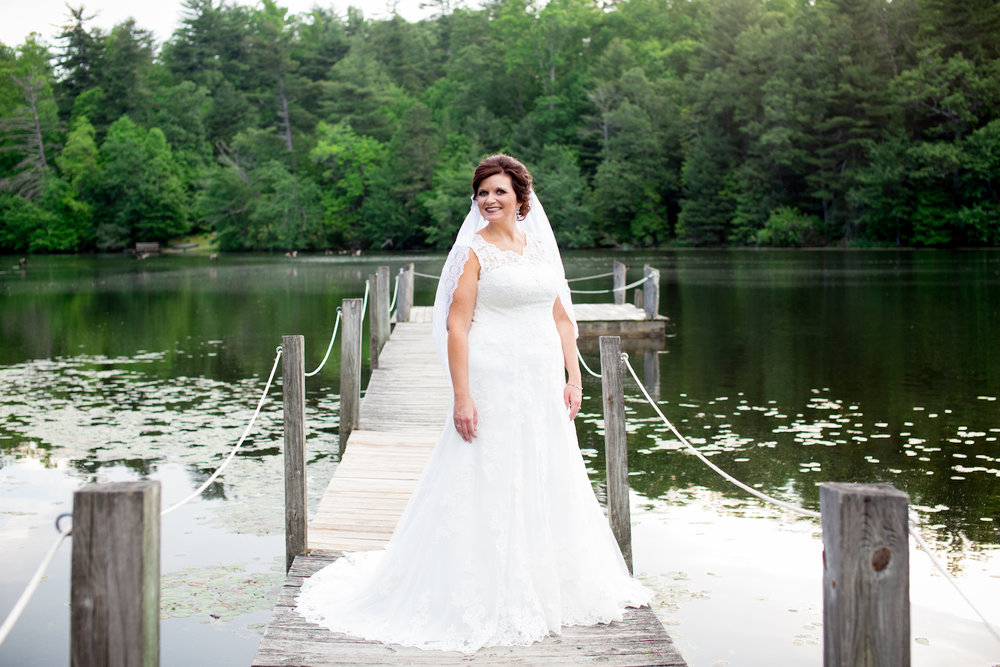 langlee bridal portrait highland lake 2017-163.jpg