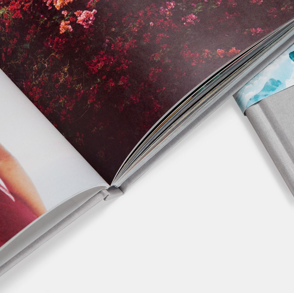 Above Image: Hardcover photo books do not come with lay flat pages