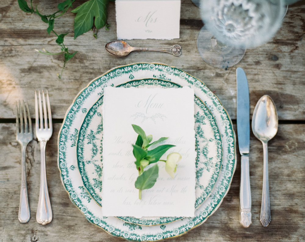 MIXED CHINA, east west vintage rental