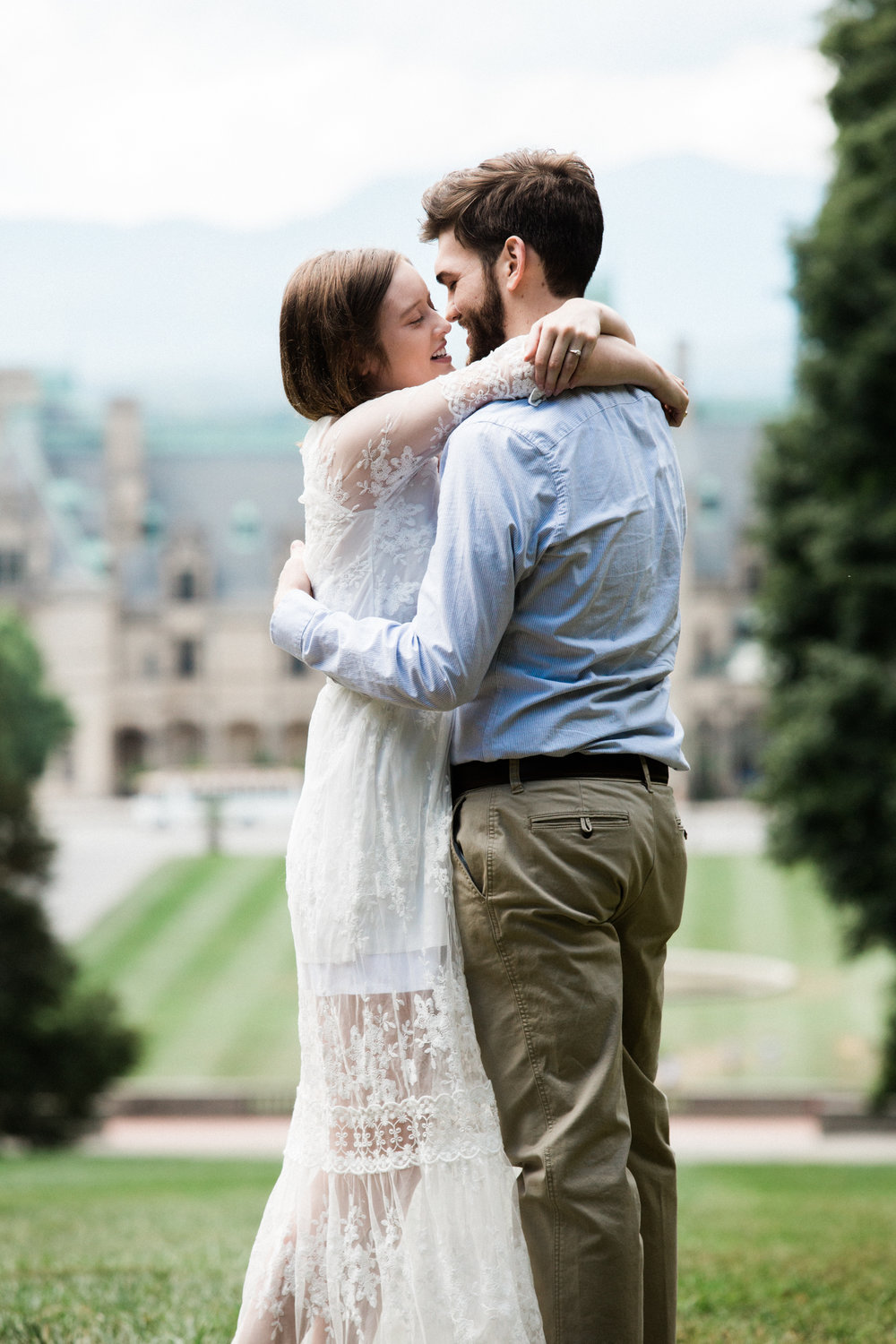 caleb, biltmore, engagement photos, web res (10 of 57).jpg