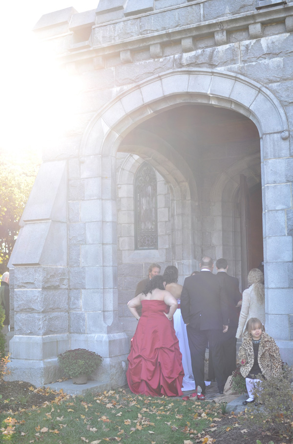 lorraine + jared chapel entrance.jpg