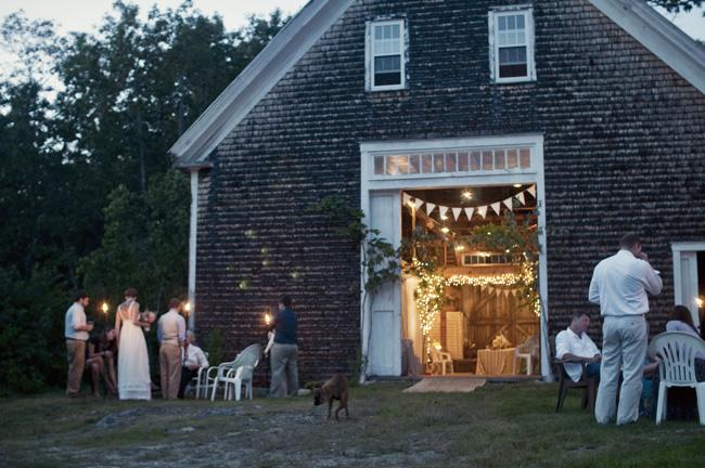 Maine barn weddings Maine farm weddingsa sweet start