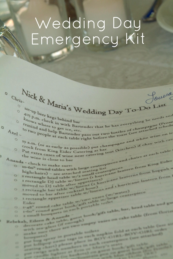 Wedding day emergency kit supply list | Photo by  Amy Wilton Photography